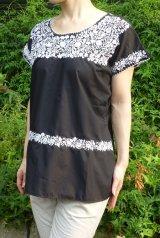 メキシコ刺繍ブラウスサンアントニーノ・ブラック・ホワイト刺繍