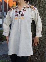 再入荷☆メキシコ刺繍・サポテコ族の鹿刺繍ブラウス・ブラウン