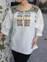 希少!メキシコ刺繍・サポテコ族の鳥刺繍ブラウス