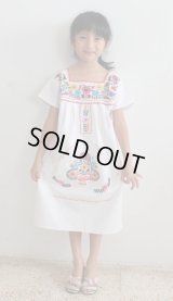 ベビー用メキシコ刺繍ワンピース6〜7歳用マンタ