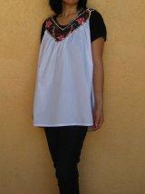 メキシコ刺繍孔雀と花のビーズキャミブラウスVネックブラック